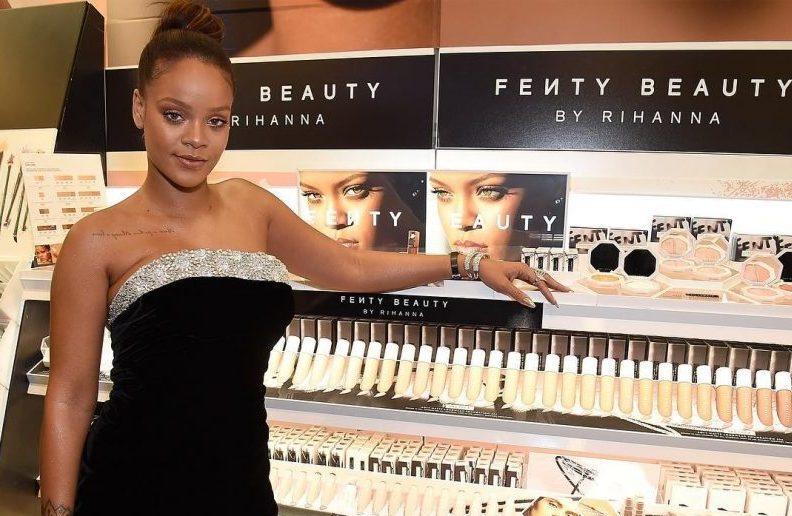 Fenty Beauty no Brasil? Isso mesmo, marca de maquiagem de Rihanna ...